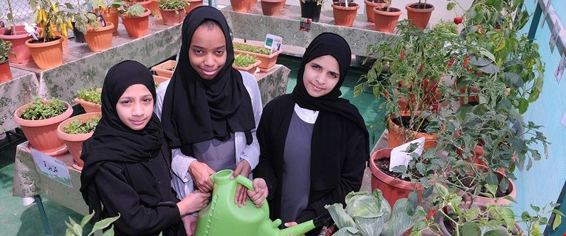 Grade 5 students Amina Ayman, Shaheeda Muhammad and Aisha Khalid of Audio Education Complex for Girls, which won first prize in the Your Health First – Sahtak Awalan Project: Greenhouse contest.