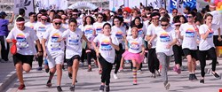 The Color Run Presented by Sahtak Awalan: Your Health First breaks attendance record