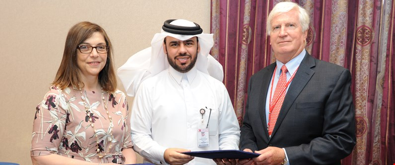 Dr. Thurayya Arayssi, Al Ahli CEO Khaled Emadi, and Dr. Robert Crone.