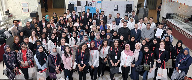 Twenty-three student teams from 14 schools presented posters at the WCM-Q High School Research Competition event.